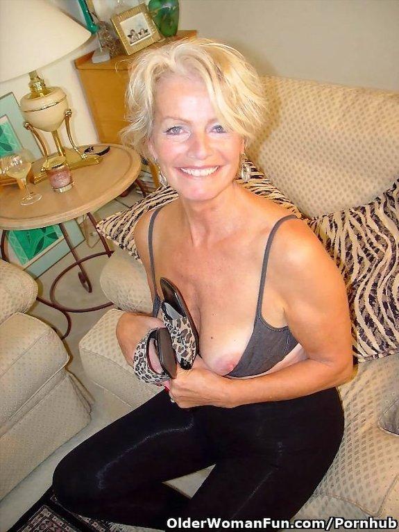 40 Year Old Milf Latina