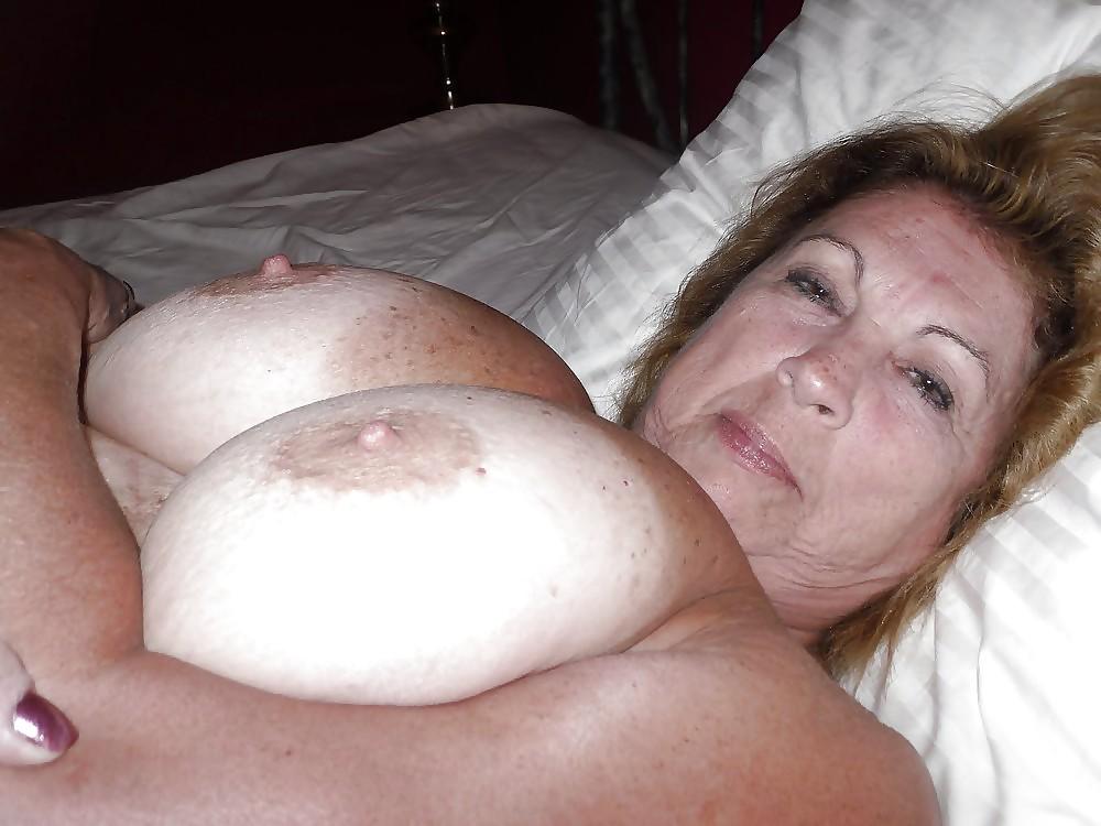 Mature granny cum on tits