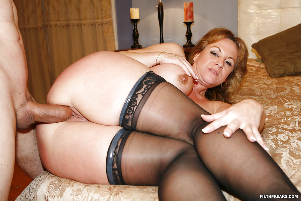 Hot nude mature movie sexy girl mom